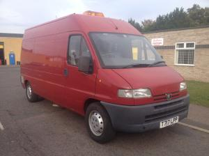 Catering Mobile Kitchen Hot Dog Burger Food Van Trailer LPG Hob Grill 20k miles, Free Rd Tax, Ready