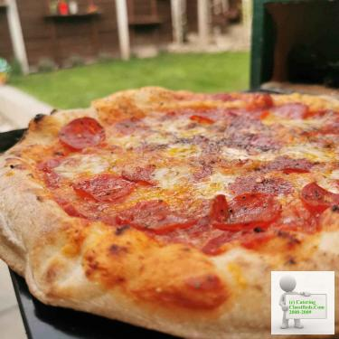 Mobile pizza catering