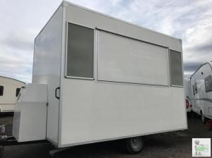 Catering Trailer with NEW CERTS